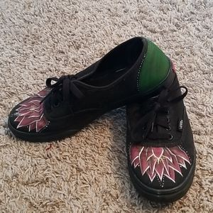 Vans custom painted flower/lillypad size 8